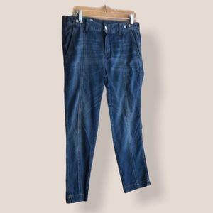GAP Sexy Boyfriend 1969 jeans size 28 / 6R